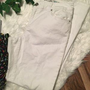 Inc Skinny Leg Curvy Fit White Jeans Size 10